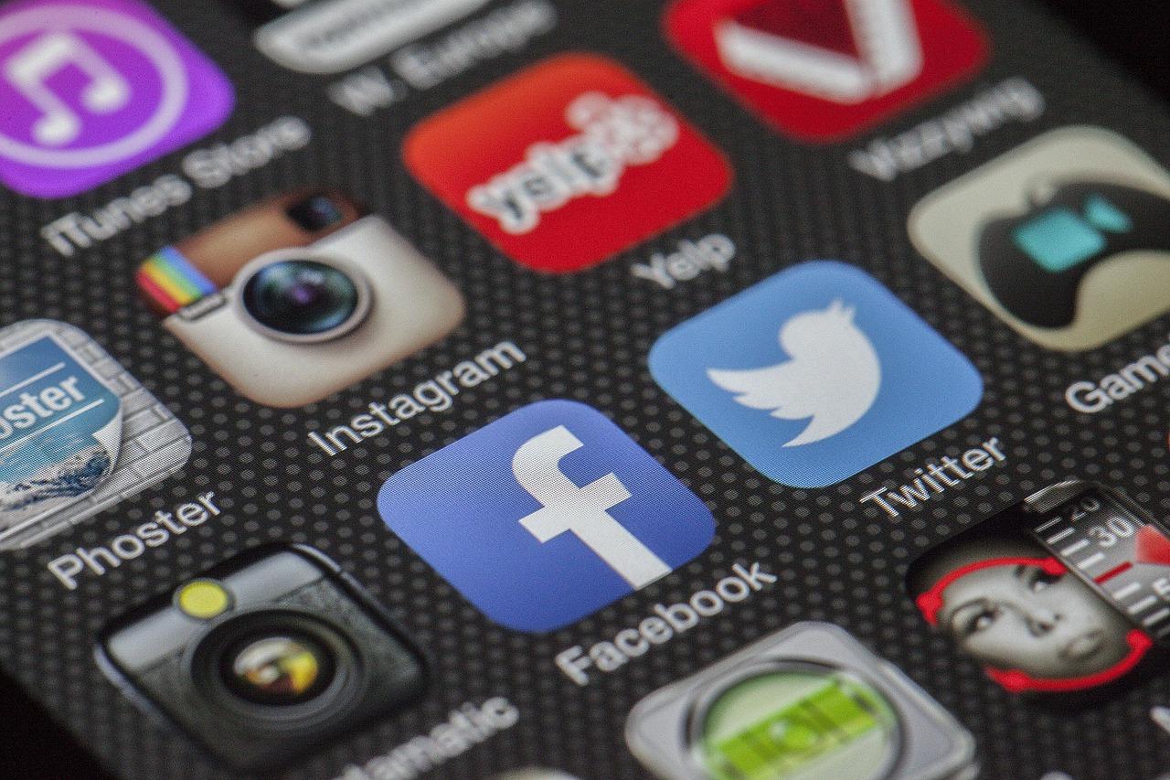 Ikony sieci społecznościowych wtelefonie